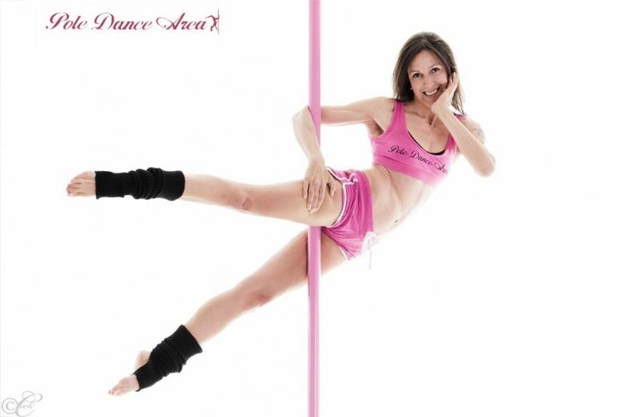 nuovo stile 854d3 303a0 Pole Dance Area Milano, Bergamo, Torino - 2° MiTo Pole Dance ...